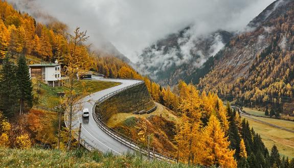 办理公路路基工程专业承包资质一级有什么要求