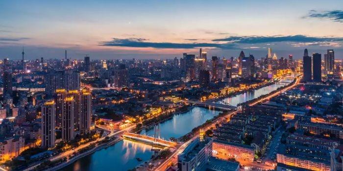 2021年,建筑企业分叉路口如何选择?有哪些风险与机遇?